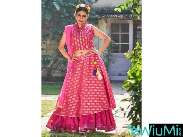 Best Offers On Ready Made Lehenga Cholis At Mirraw - 1/3