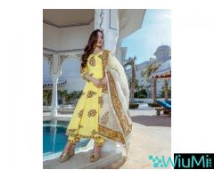 Grab Upto 75% on Exclusive Kurta Sets Online At Mirraw