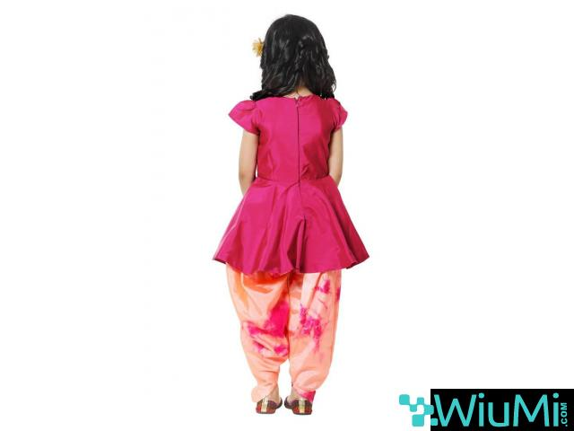 Best Offers On Ethnic Wear for Girls Available at Mirraw - 2/2