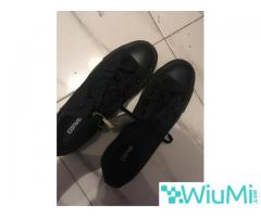 All Black Converse Low's Original - Image 1/3