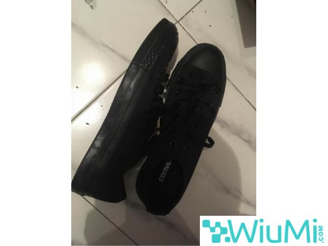 All Black Converse Low's Original - 2/3