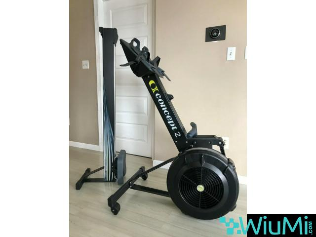 Concept 2 rowing machine model D PM5 - 2/2
