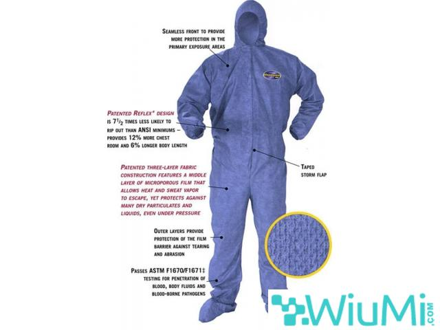 PROTECTIVE SUIT AGAINST CHEMICALS AND PATHOGENS - 1/2